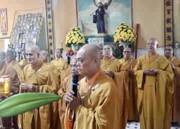 H.Gò Công Đông: Ban Trị sự Phật giáo huyện viếng tang lễ Thượng toạ Thích Thiện Kim