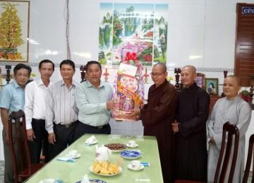 H.Chợ Gạo: Lãnh đạo Chính quyền chúc tết Ban Trị sự Phật giáo