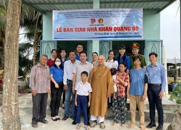 H.Gò Công Đông: Ban Trị sự Phật giáo huyện bàn giao căn Nhà Khăn Quàng Đỏ