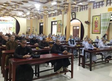 Tiền Giang: Trường Trung cấp Phật học tổ chức thi Học kỳ I năm thứ nhất khóa VIII