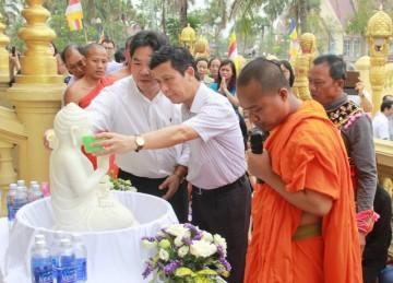 Lễ tắm Phật trong Tết cổ truyền của các nước Đông Nam Á