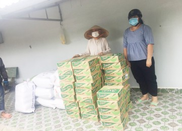 H.Châu Thành: Chùa Linh Thứu 3 hỗ trợ bà con nghèo trong mùa dịch Covid