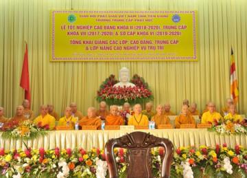 Tiền Giang: Trường TCPH tổ chức Lễ Tốt nghiệp Cao đẳng Phật học K.II, Trung cấp K.VII, tổng Khai giảng các khóa đào tạo năm học 2020 – 2021