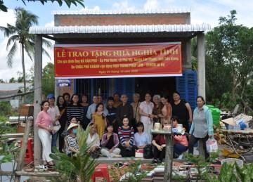 H.Tân Phước: Chùa Phú Khánh bàn giao Nhà Nghĩa Tình tại xã Phú Mỹ