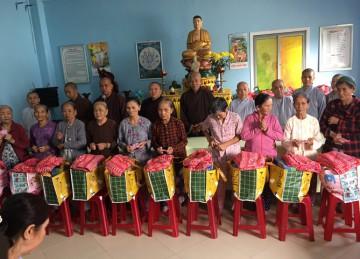 Phật giáo huyện Châu Thành (Tiền Giang) chia sẻ khó khăn với bà con miền Trung bị thiên tai