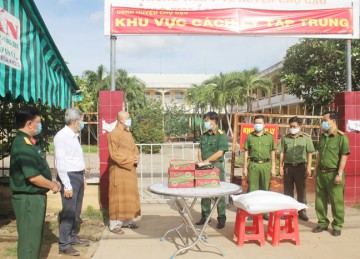 H.Chợ Gạo: NPĐ Liên Hoa tiếp tục hỗ trợ người dân khu phong tỏa phòng chống dịch Covid