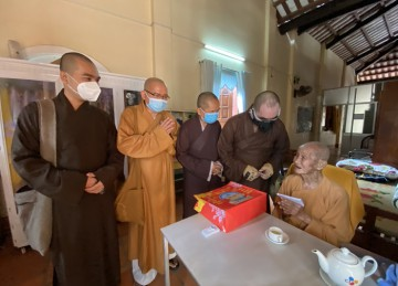 H.Chợ Gạo: Thường trực Ban Trị sự Phật giáo huyện thăm và cúng dường các tự viện trong huyện nhân mùa dịch bệnh
